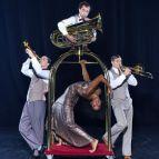 Cirque Eloize - Hotel